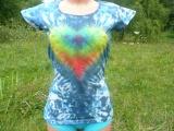 Duhové srdce, dámské batikované tričko, M