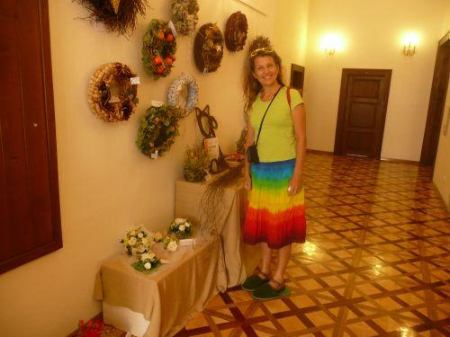 Mína a duhová sukně