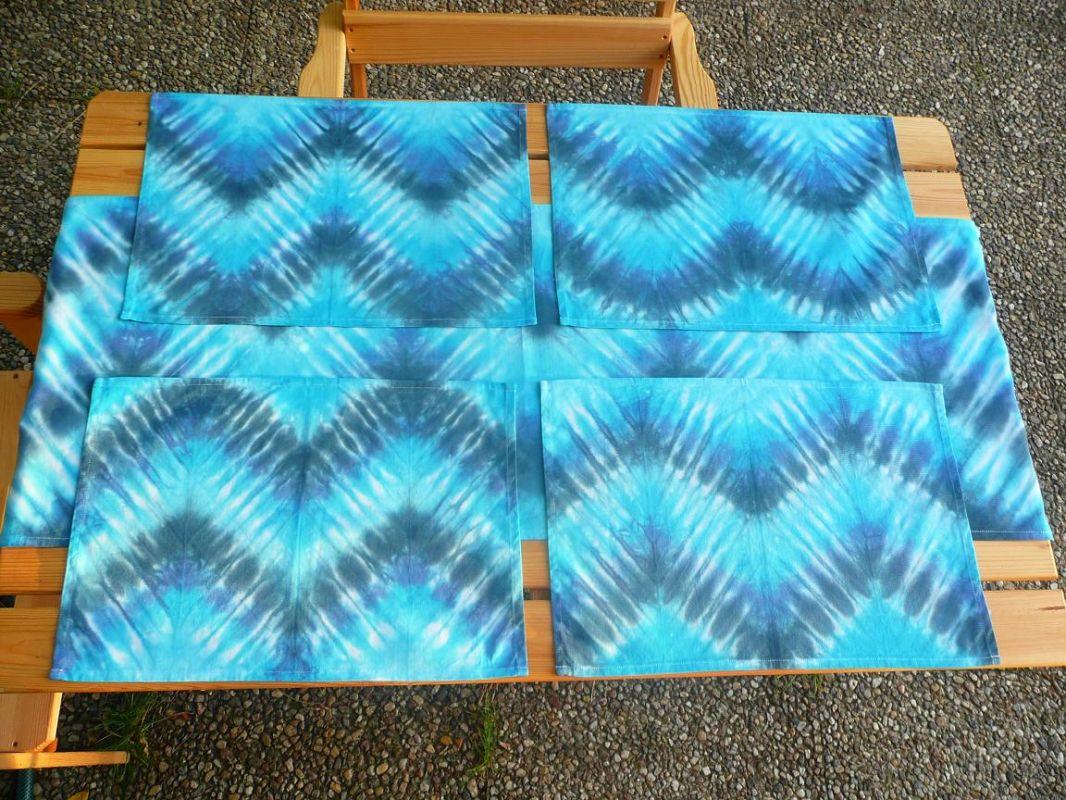 Batikované bavlněné prostírání