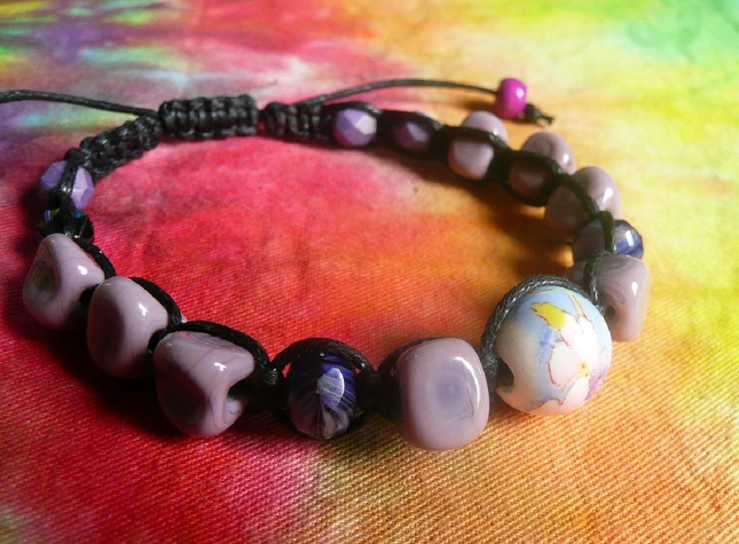 Náramek z vinutých perel Šeříkový Šťastní lidé-M