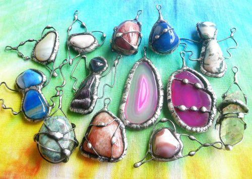 Drahé kameny cínované šperky
