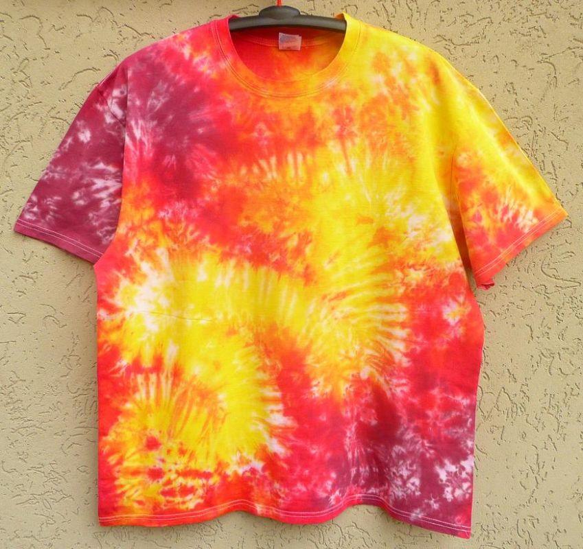 Batikované tričko Ohnivé