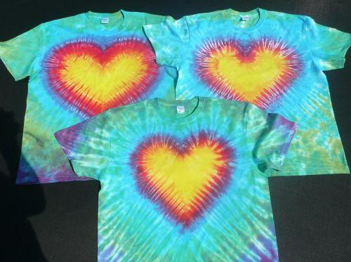 Batikovaná trička srdíčka na přání