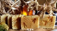 Medové přírodní mýdlo s měsíčkem