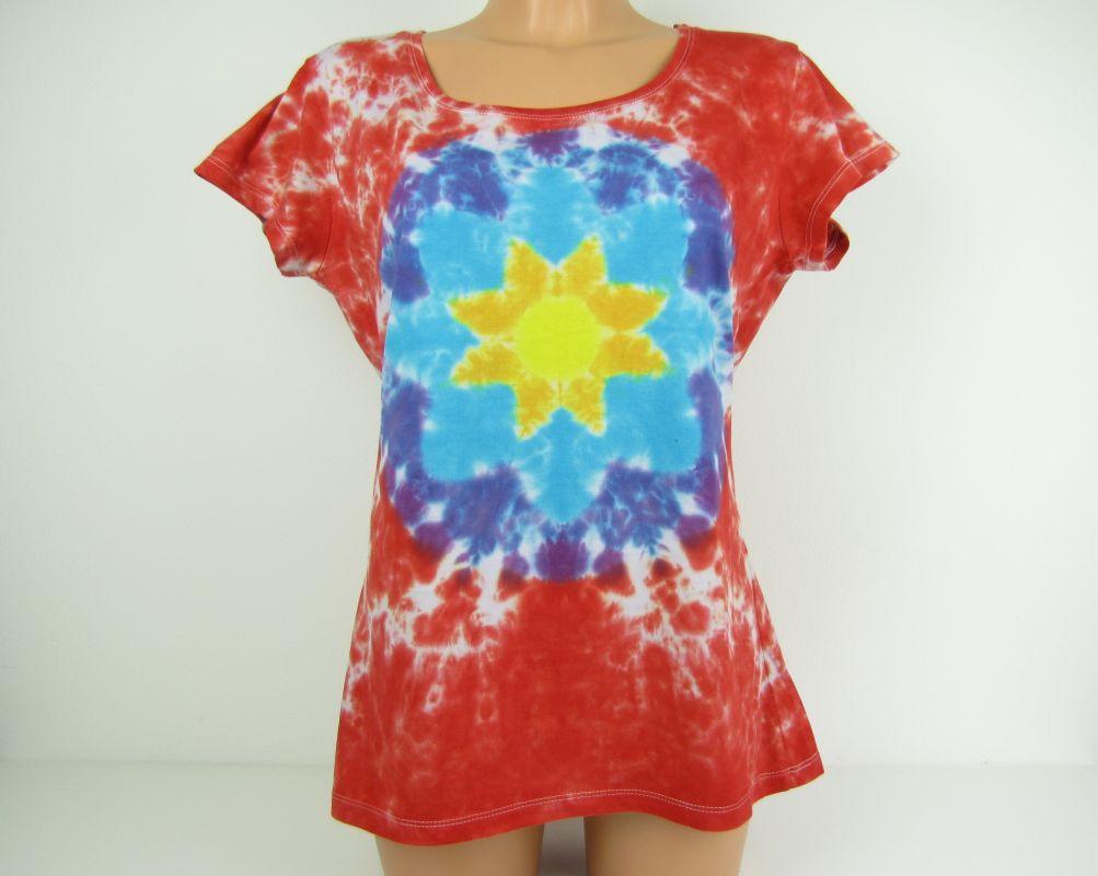 Batikované tričko červené s mandalou