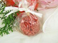 SVÍČKA květiny ČERVENÁ vůně CHERRY koule 5x5cm