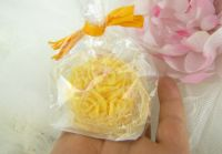 SVÍČKA květiny ŽLUTÁ koule 5x5cm