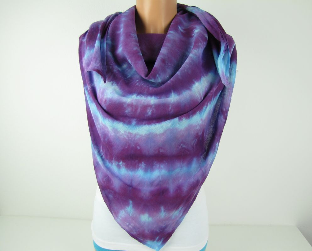 Fialové pareo batika velký šátek
