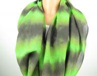 Zelený přírodní šátek batika