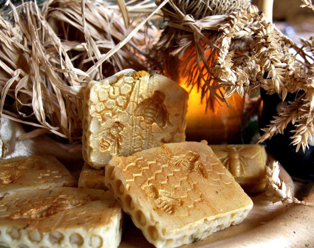 Medová plástev přírodní mýdlo