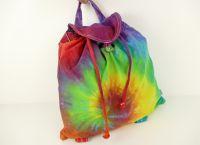 Duhový batůžek batika