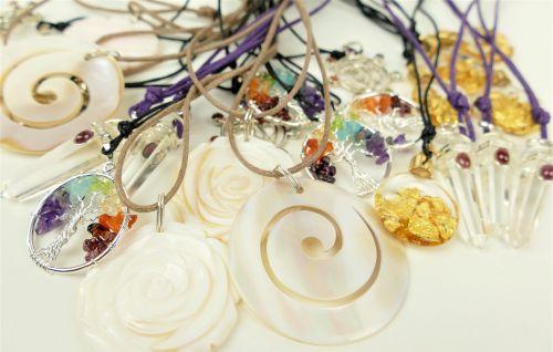 Šperky z drahých kamenů
