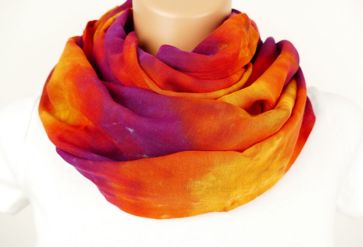 Šátek batikovaný Ohnivý