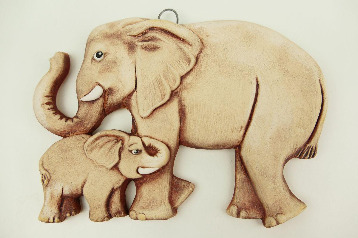 Keramický slon se slůnětem