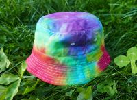 DĚTSKÝ klobouček batika DUHOVÝ