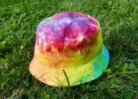 Duhový letní klobouček