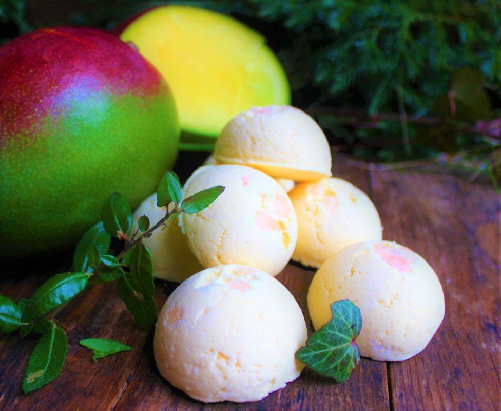 Čerstvé mango pěna do koupele přírodní