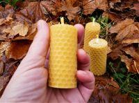 Svíčka z včelího vosku stáčená
