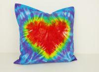 Bavlněný polštářek se srdcem batika