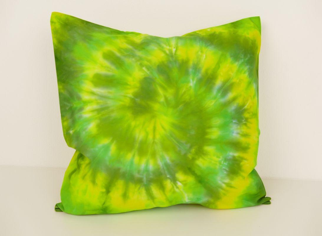 Zelený bavlněný polštářek batika 40x40
