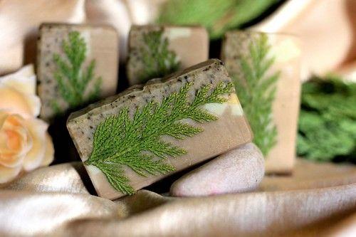 Ajurvédský cypřiš - peelingové mýdlo na mastnou pleť