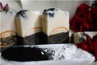 Zinek s aktivním uhlím přírodní mýdlo